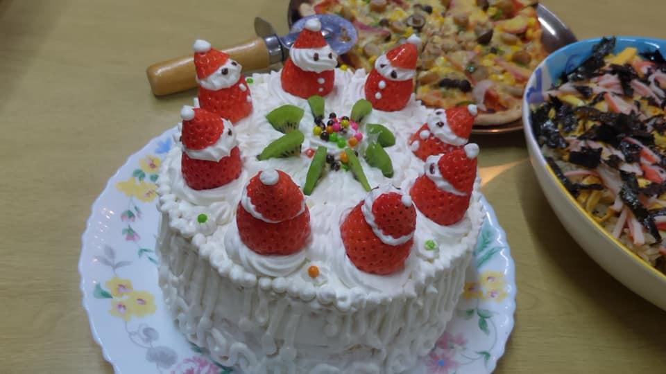 クリスマスは手作りケーキ
