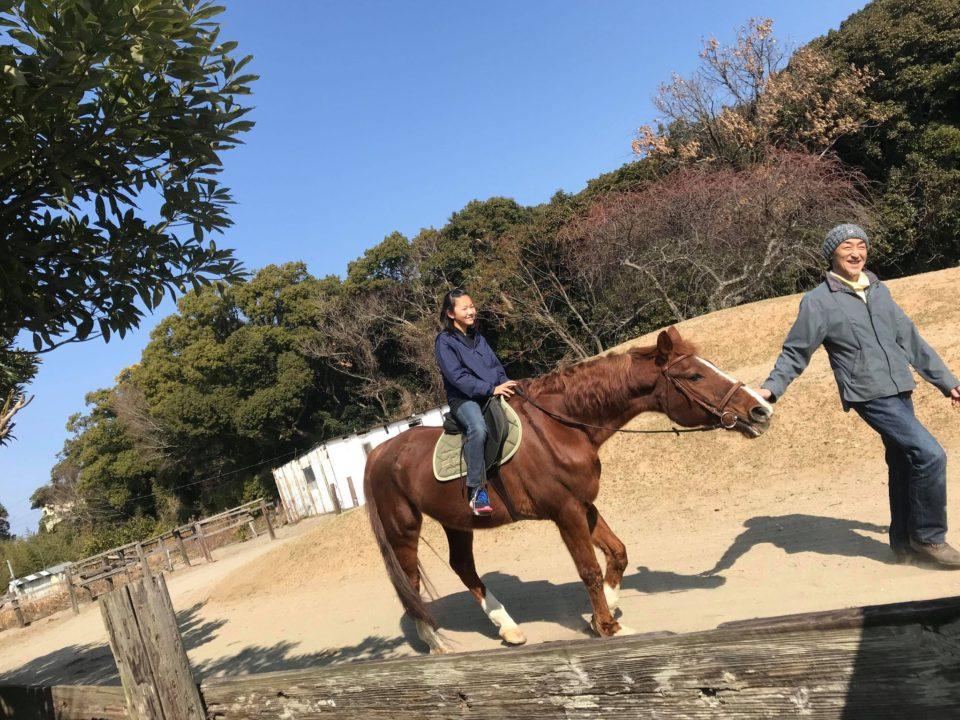 乗馬クラブで引馬体験